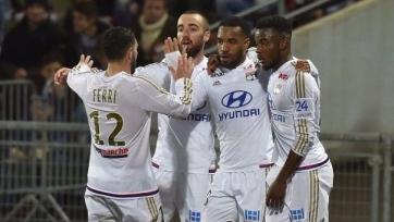 «Лион» переиграл «Газелек» и нагнал «Монако»