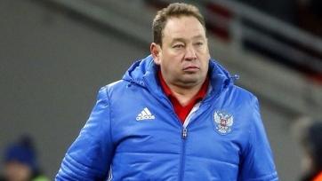 РФС поздравил Слуцкого с юбилеем и пожелал тренеру успехов на Евро-2016