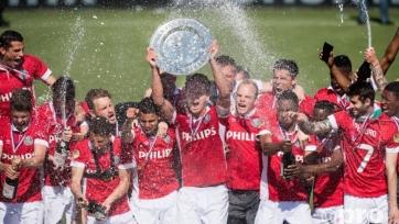 «Аякс» не смог обыграть «Де Графсхап», ПСВ – чемпион Нидерландов-2016!