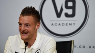 Варди открыл свою футбольную академию «V9»