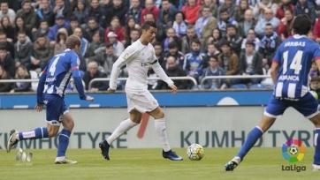 «Реал» выиграл у «Депортиво», но титул добыть не сумел