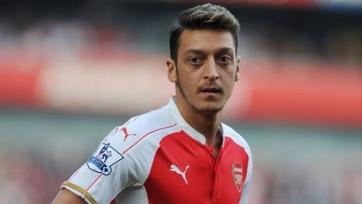 Озил: «Арсенал» потерял много очков в поединках с маленькими командами»