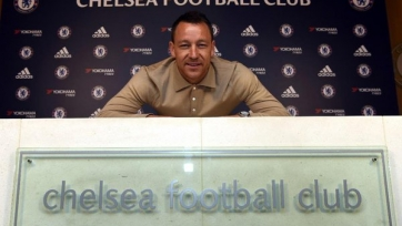 Официально: Терри продлил контракт с «Челси» на один год