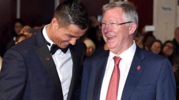 Фергюсон: «Месси – игрок для «Барселоны», а Роналду мог бы оформить хет-трик даже в составе «Стокпорт Сити»