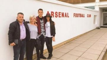 Джака подписал четырёхлетний контракт с «Арсеналом»