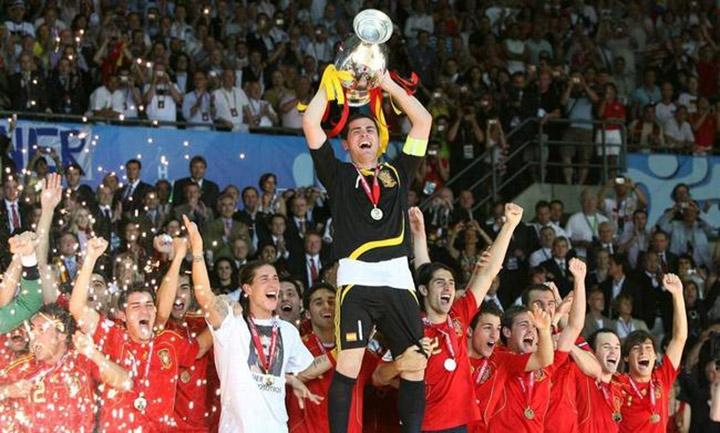 Вратари – чемпионы Европы. Икер Бесподобный, Великий неудачник и греческий Клуни