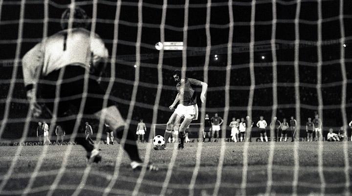 Футбольная дуэль. История серий пенальти на Чемпионатах Европы