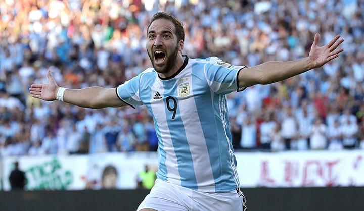 Сбросить груз с плеч. Почему Игуаина незаслуженно винили в поражениях Аргентины?