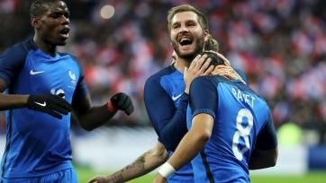 В случае победы на Евро, игроки сборной Франции получат по 300 тысяч евро