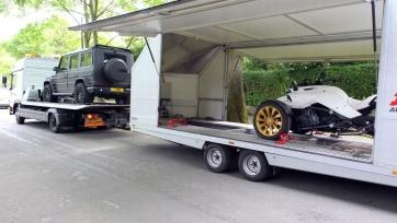 Депай покидает «МЮ», футболист уже перевозит свой автопарк в Нидерланды