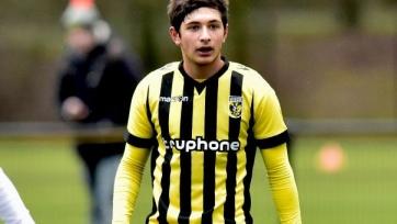 Аршак Корян останется в «Витессе» ещё на год