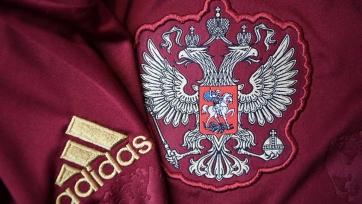 Россияне сыграют с Англией в бордовой форме