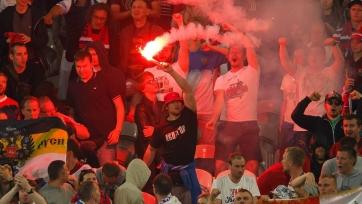 УЕФА не стал открывать дисциплинарное дело в отношении РФС  за использование болельщиками файера