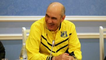 Бердыев тренирует «Ростов», но новый контракт не подписал
