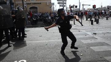 В Марселе подрались польские и украинские фанаты