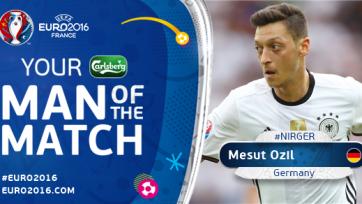 Месут Озил признан лучшим игроком матча Северная Ирландия – Германия