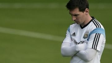 Президент Аргентины просит Месси продолжать играть за сборную