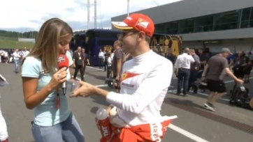 Себастьян Феттель, пилот Ferrari: «Футболка итальянской сборной? Оставьте её себе, будет чем утереть слёзы после матча»