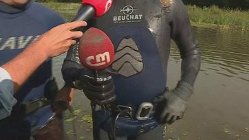 Водолазы отыскали микрофон, который Криштиану Роналду выбросил в воду