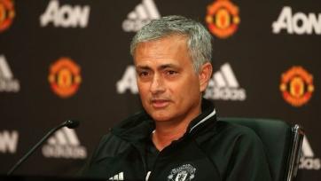 Фергюсон: «Моуринью зря возвращался в «Челси», но с «МЮ» он может добиться успеха»
