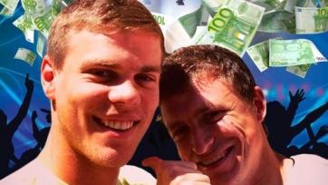 Малахов: «Мамаев и Кокорин уже неделю бухают в Монте-Карло»