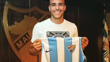 Официально: Нападающий «Барселоны» продолжит карьеру в «Малаге»