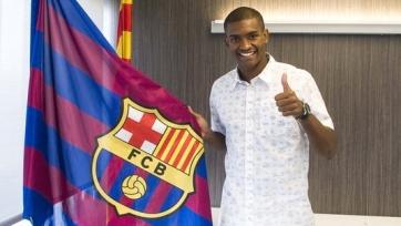 Официально: Марлон продолжит карьеру в «Барселоне»