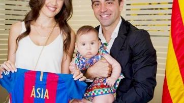 Хави зарегистрировал членов своей семьи в фан-клуб «Барселоны»