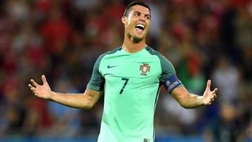 Криштиану Роналду пригласил на финал Евро-2016 вдову скончавшегося в 2013-м году итальянского футболиста