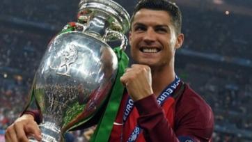 Роналду вошёл в пятёрку самых высокооплачиваемых звёзд мира