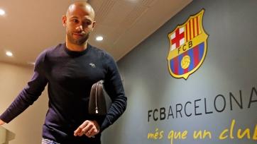 Официально: Маскерано подписал новый контракт с «Барселоной»