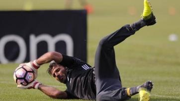 Буффон надеется на успех в Лиге чемпионов