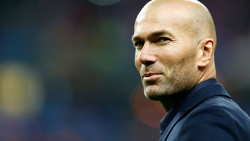 AS: «Реал» вдвое увеличит оклад Зидана