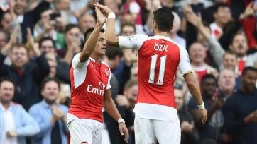 Венгер надеется на то, что Санчес и Озил продлят свои соглашения с «Арсеналом»