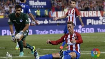 «Атлетико» не удержал победу в матче с «Алавесом»