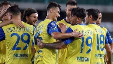 «Интер» начал сезон с поражения от «Кьево», «Наполи» с трудом спас матч с «Пескарой»