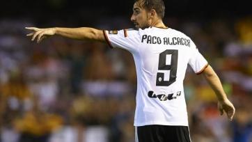 Пако Алькасер проходит медосмотр в «Барселоне»