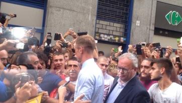 Джо Харт прибыл в Турин