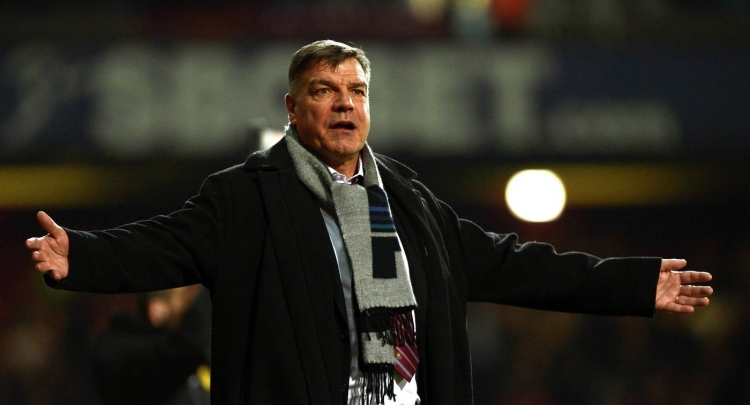 Большой Сэм, большой скандал. Как журналисты отправили в отставку главного тренера сборной Англии