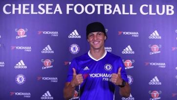 Официально: Давид Луис стал игроком «Челси»