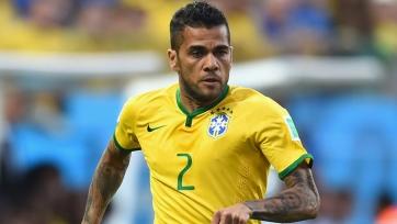 Дани Алвес будет капитаном сборной Бразилии