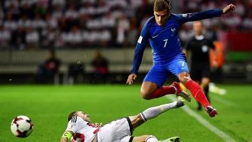 Французы не смогли забить белорусам