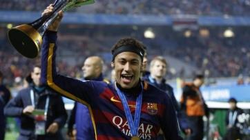 Роналдиньо: «Неймар достигнет уровня Месси»
