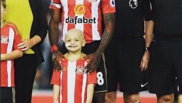 «Эвертон» пожертвовал двести тысяч фунтов ради лечения пятилетнего болельщика «Сандерленда», заболевшего раком