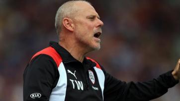 В Англии уволили еще одного тренера, причастного к коррупции