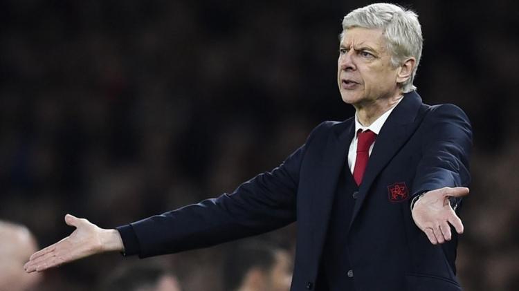 Арсен Венгер продлит контракт с Арсеналом