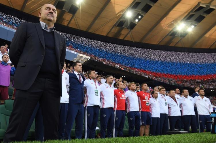 Россия без шелухи. Как 35 тысяч болельщиков попытались изменить мир