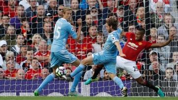 «Манчестер Юнайтед» потерял очки в матче со «Сток Сити»