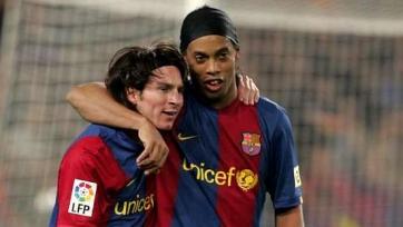 Роналдиньо: «Жаль, что не удалось побольше поиграть с Месси»