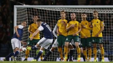 Шотландцы с трудом ушли от поражения в матче с Литвой